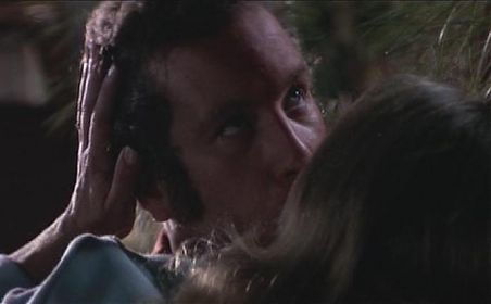 Richard Dreyfuss and Teri Garr in Close Encounters